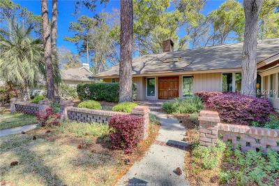 Beaufort County Single Family Home For Sale: 64 Club Course Drive