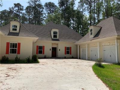 Bluffton Single Family Home For Sale: 32 Rose Hill Drive