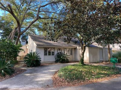 Beaufort County Single Family Home For Sale: 10 Water Oak Drive