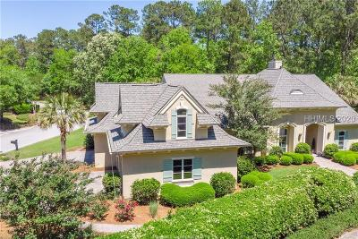 Beaufort County Single Family Home For Sale: 2 Clarendon Lane