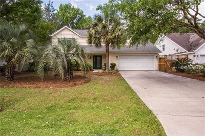 Single Family Home For Sale: 70 Baywood Drive