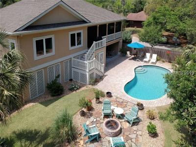 Beaufort County Single Family Home For Sale: 6 Firethorn Lane