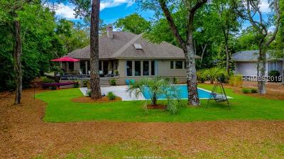 Beaufort County Single Family Home For Sale: 2 Down Wind