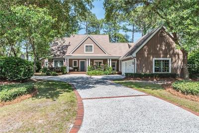 Beaufort County Single Family Home For Sale: 5 McGuire Ct