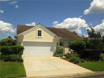 Beaufort County Single Family Home For Sale: 39 Candlelight Lane