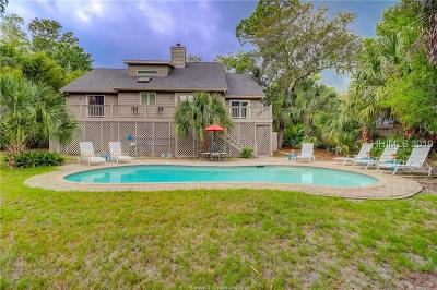 Hilton Head Island Single Family Home For Sale: 14 Myrtle Lane