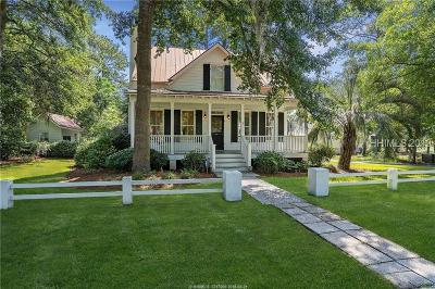 Beaufort County Single Family Home For Sale: 55 Mum Grace
