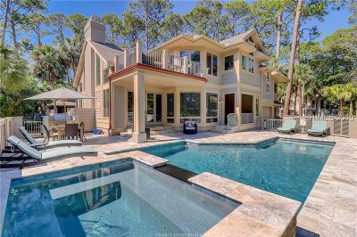 Hilton Head Island Single Family Home For Sale: 10 Laughing Gull Road