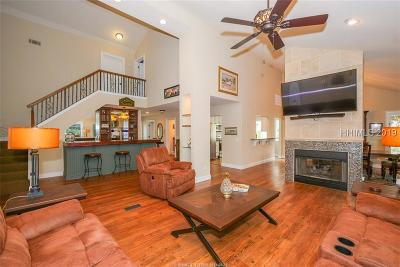 Beaufort County Single Family Home For Sale: 8 Water Oak Drive