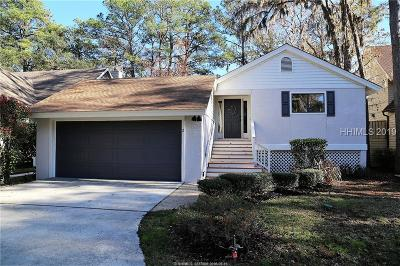 Single Family Home For Sale: 2 Wax Myrtle Court
