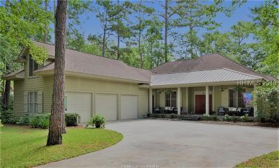 Beaufort County Single Family Home For Sale: 5 Whiteoaks Circle