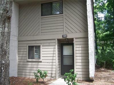 Beaufort County Condo/Townhouse For Sale: 96 Mathews Drive #104