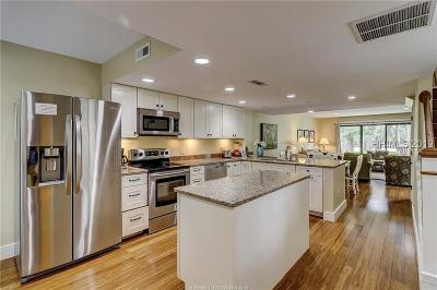Hilton Head Island Condo/Townhouse For Sale: 113 Shipyard Drive #191