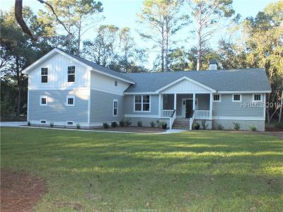 Beaufort County Single Family Home For Sale: 9 E Bajala Drive
