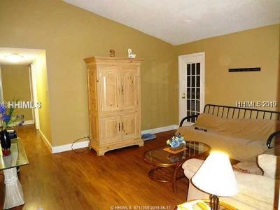 Beaufort County Condo/Townhouse For Sale: 30 Mathews Drive #410