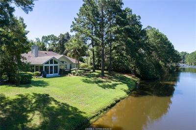 Moss Creek Single Family Home For Sale: 62 Peninsula Dr