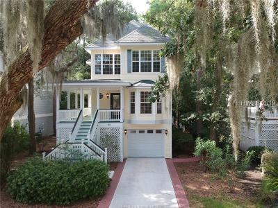 Single Family Home For Sale: 80 Victoria Square Drive