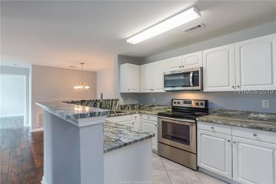 Bluffton Condo/Townhouse For Sale: 100 Kensington Boulevard #1219