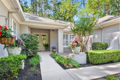 Bluffton Single Family Home For Sale: 2 Holly Ln