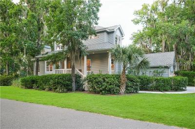 Hilton Head Island Single Family Home For Sale: 26 Wax Myrtle Court