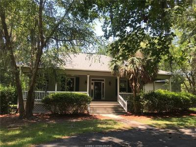 Single Family Home For Sale: 9 River Bend Drive