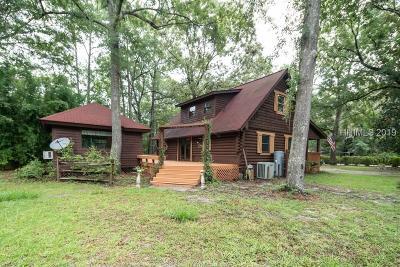 Bluffton Single Family Home For Sale: 7 Zinnia Lane