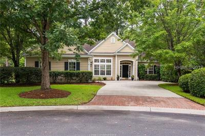 Bluffton Single Family Home For Sale: 14 Oak Hill Lane