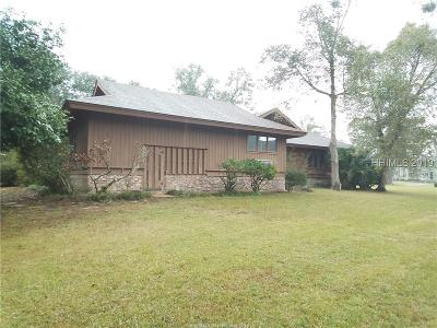 Hilton Head Island Single Family Home For Sale: 73 Toppin Drive