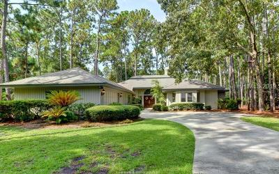 Beaufort County Single Family Home For Sale: 15 Eagle Claw Lane