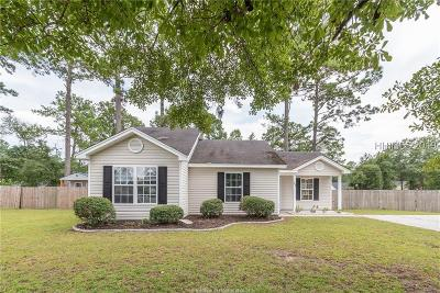 Beaufort County Single Family Home For Sale: 100 Blacksmith Cir