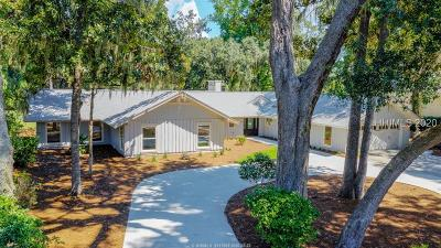 Hilton Head Island Single Family Home For Sale: 28 Willow Oak Road W