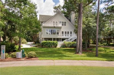Single Family Home For Sale: 66 Pointe South Trace
