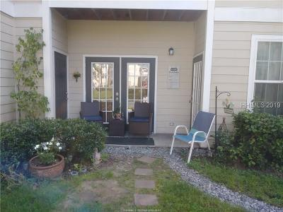 Bluffton Condo/Townhouse For Sale: 100 Kensington Boulevard #404
