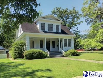 Single Family Home Sold: 100 E Oakenwald