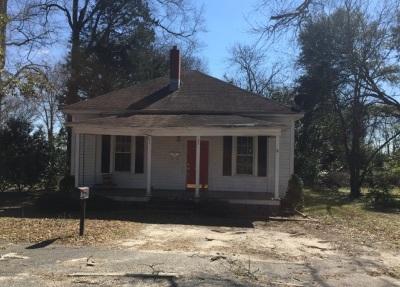 Bennettsville Single Family Home Active-Extended: 201 Henrietta Street