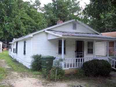 Latta Single Family Home For Sale: 200 Chapel Street