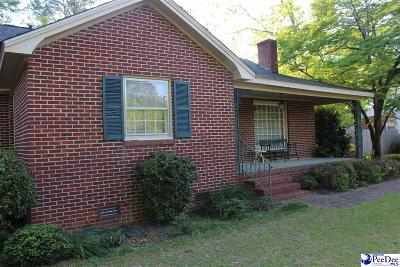 Hartsville Single Family Home Uc/Show For Back Up: 210 Barefoot St