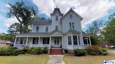 Bennettsville, Blenheim, Cilo, Clio, Mccoll, Tatum, Wallace Single Family Home Uc/Show For Back Up: 112 N Everett Street