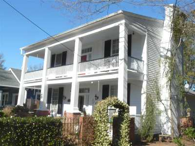 Single Family Home For Sale: 219 E Liberty Street