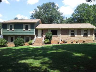 Spartanburg Single Family Home For Sale: W 134 Forest Dr