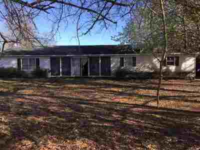 Greenville County, Spartanburg County Single Family Home Cont 3rd Party Approval: 1144 Turkey Farm Rd.