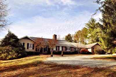 Campobello Single Family Home For Sale: 845 Smith Chapel Road