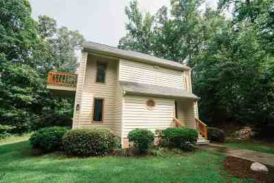 Inman Single Family Home For Sale: 104 Pointe Bluff Ct