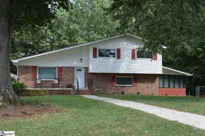 Taylors Single Family Home For Sale: 103 Live Oak Court