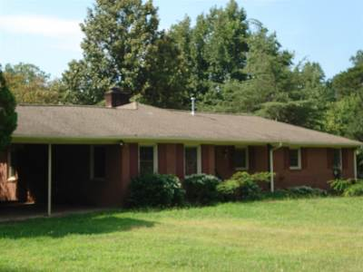 Spartanburg Single Family Home For Sale: 210 Hodges Ct