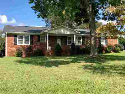 Inman Single Family Home For Sale: 620 Gowan Road