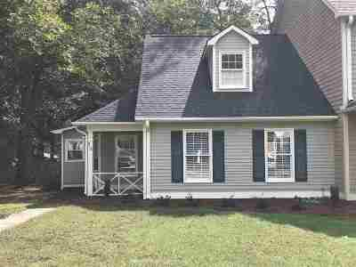 Spartanburg Single Family Home For Sale: 213 Woodburn Club Ln