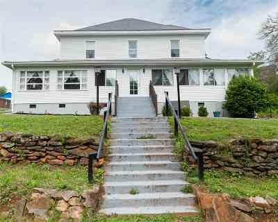 Campobello Single Family Home For Sale: 107 Montgomery Street