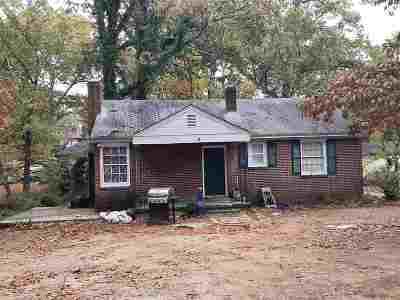 Greenville Single Family Home For Sale: 4 Hillside Lane
