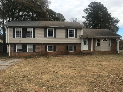 Spartanburg Single Family Home For Sale: 220 Sheffield Drive